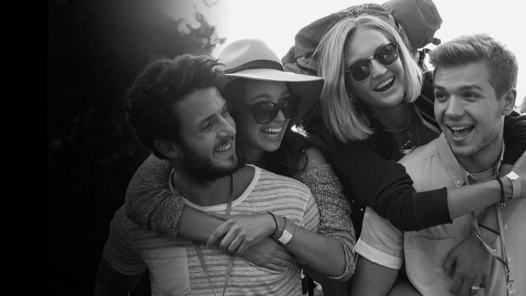 Festivaliers heureux
