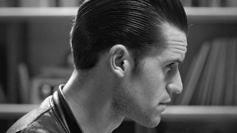 Axe Clean Cut Look: Classic Pomade